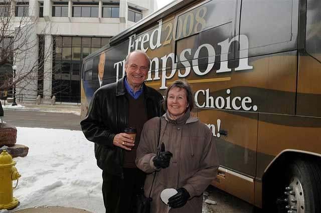 campaign bus tour